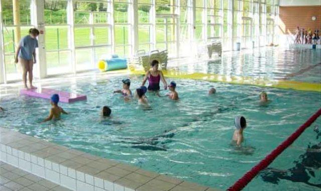 ecole-lantriac-classe-piscine